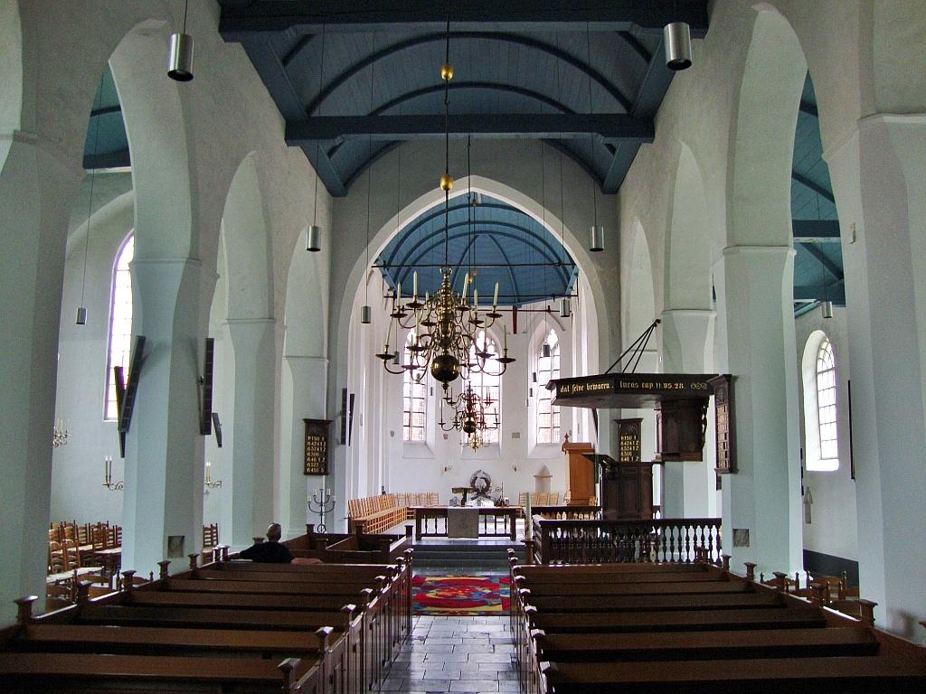 https://www.burenstad.nl/site/lambertus-kerk/$FILE/lambertus-kerk-interieur.jpg